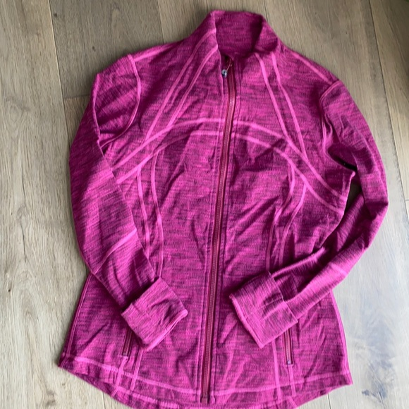 EUC lululemon define jacket size 10